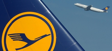Lufthansa will exercise option for BMI: finance director