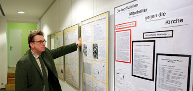 Stasi informant loses court privacy battle