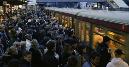 S-bahn to ban hooligans for a year