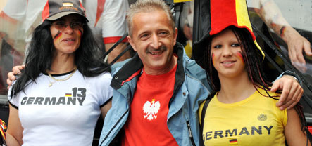 Polish and German fans face off in Klagenfurt