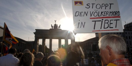 German jailed in China for Tibet protest