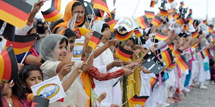 Study shows Muslims in Germany are both religious and tolerant