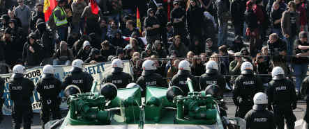 Police ban anti-Islam rally after clashes in German city
