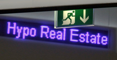 Hypo Real Estate gets first cash injection