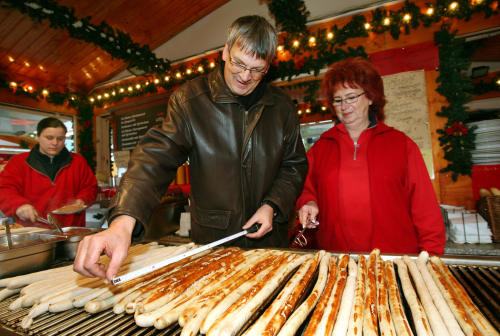 Bratwurst:<br>What would a German festival be without this all-time favorite? Photo: DPA