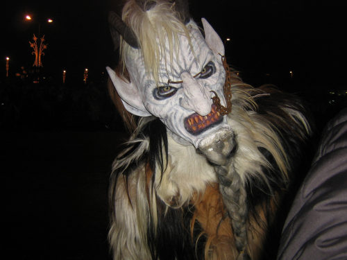 The custom of the Krampus orginates from the time before the Inquisition, when dressing up as a devil-like creature was punished with death.Photo: schneeflockerl / PIXELIO