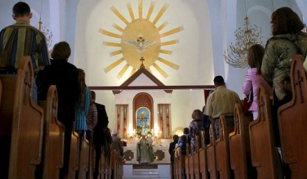 Germany shouldn't host Iraqi Christians, minister says