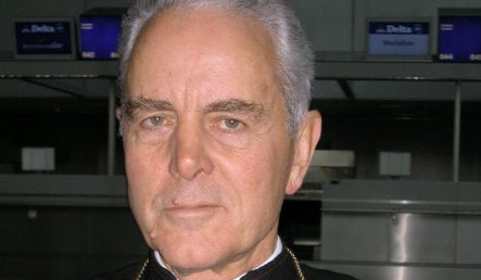 Holocaust denying bishop told to quickly correct 'stupidity'