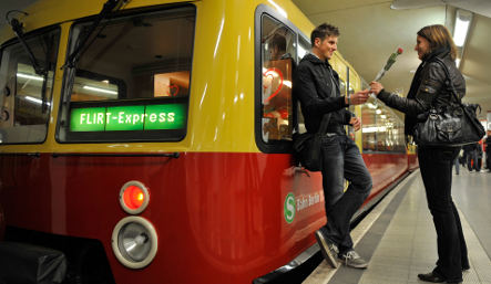 Germans look for love on the 'Flirt Express' speed dating train