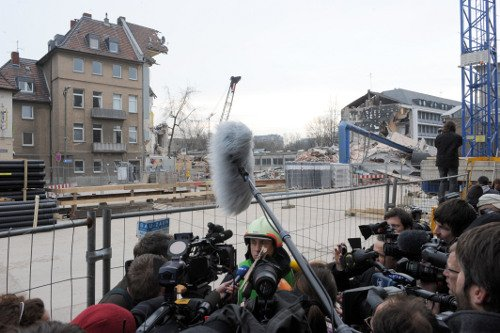 Rescue workers addressed the media on Wednesday morning. Photo: DPA