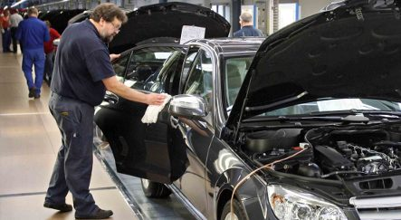 Continental closes tyre factories, Daimler cuts work hours
