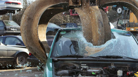 Germany tinkers with junk car scheme rules to fight fraud