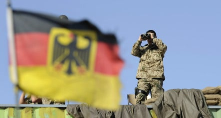 Military commissioner says troops get no love from Germans