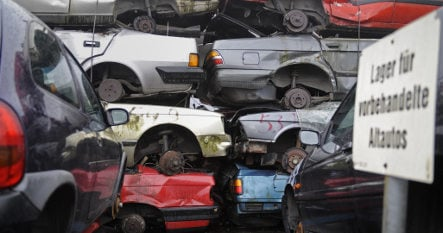 Car scrapping bonus to be extended until year's end
