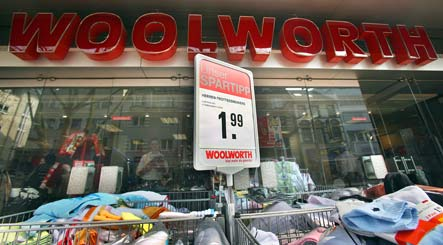 Woolworth chain on the verge of failure