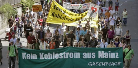 Thousands demonstrate against coal plant in Mainz