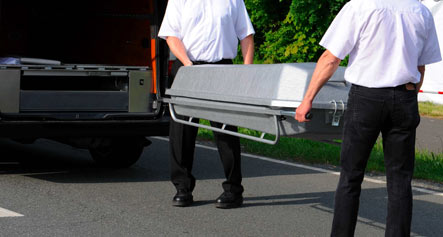 Mortician discovers live patient pronounced dead by mistake