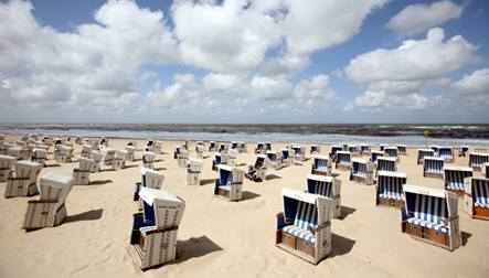 Over 13,000 expected at Sylt beach party
