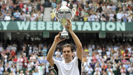 Haas downs Djokovic to claim victory in Halle