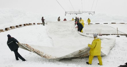 Zugspitze gets protective sun shield blanket for summer