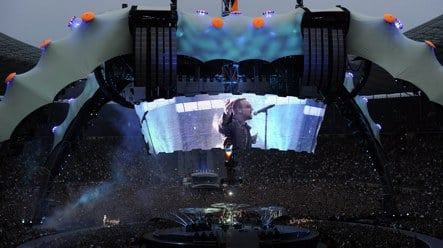U2 rocks Berlin two decades after 'Achtung Baby'