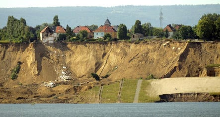 Former mines to be inspected after landslide kills three