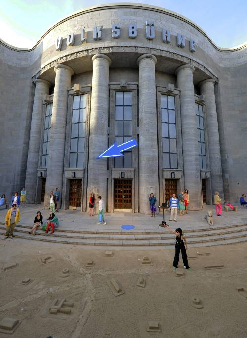 """Berlin's <i>Volksbühne</i> or """"People's stage"""" is still in use as a theatre today and has just undergone renovations. Though the original was built between 1913 and 1914, it took its current form after World War II.Photo: DPA"""