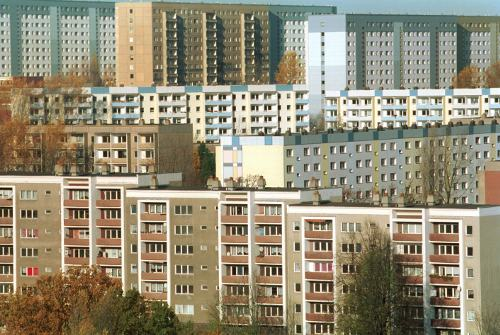 <i>Plattenbau</i> is the German word for large masses of buildings, usually residential, built with pre-fabricated concrete slabs. Pictured here are the Heckert buildings in Chemnitz.Photo: DPA
