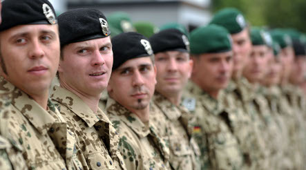 Economy drives East Germans to join army