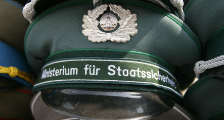 Municipal posts rife with 17,000 former Stasi workers