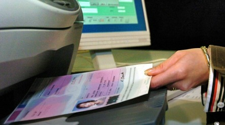 Thieves steal thousands of blank passports in Berlin