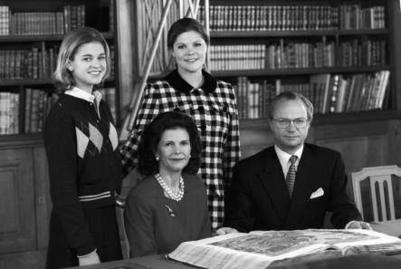 A young Madeleine at home with her parents and sisterPhoto: Picture Alliance/DPA