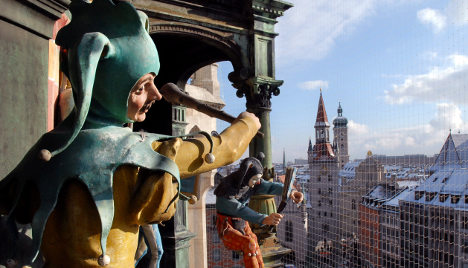 Munich's famous glockenspiel hits the wrong note
