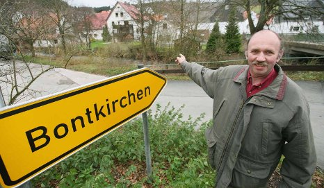 Hessian border town changing states after 50-year campaign