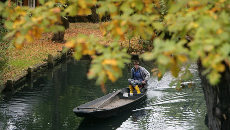 Escaping Berlin: Autumn colours from a Spreewald canoe