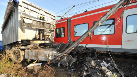 S-Bahn commuter train collides with turnip truck