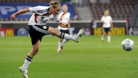 Germany set to face England in historic women's Euro 2009 final