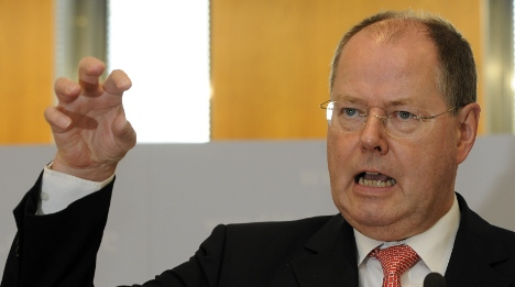Steinbrück accuses UK of 'having problems' with financial reform