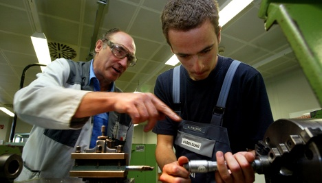 10,000 skilled labour traineeships go unfilled