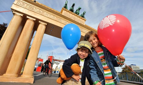 Germans celebrate reunification 19 years on