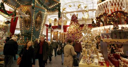 Retailers banking on a final Christmas splurge