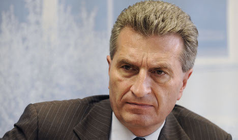Oettinger ridiculed online for atrocious English