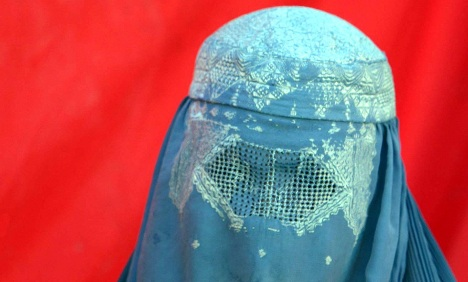 Politicians consider French-style burka ban