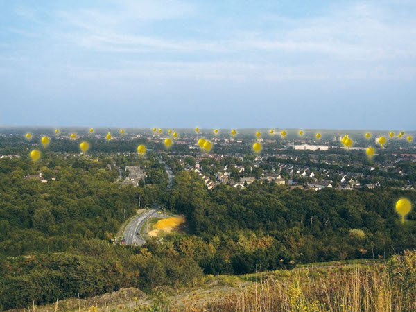 Shaft Signs: balloons mark the spot of former coal minesPhoto: RUHR.2010