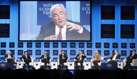 Ministers bicker over Davos breakfast