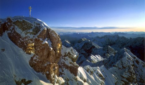 Thin Alpine air has slimming effect on the obese