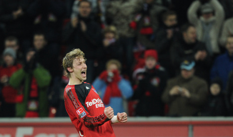 Leverkusen back on top after quick victory over Freiburg