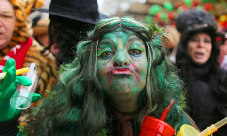 Karneval off to a chilly start