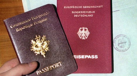 Three states present draft law for dual citizenship