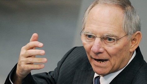 Schäuble: Berlin flattered by French criticism